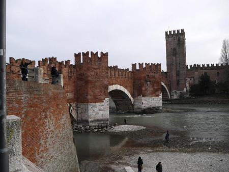 180109-13カステルヴェッキオ城