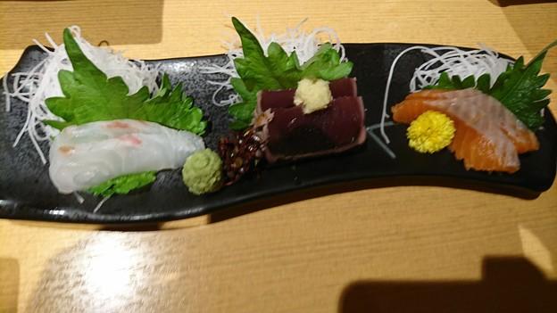 刺身:小田原厳選鮮魚三種盛