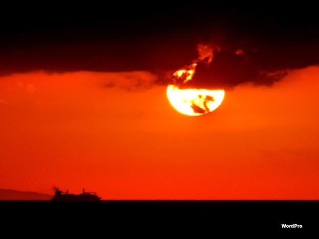 コレヒドール島とマニラ湾夕陽