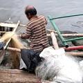 Photos: マニラ湾の漁師・慰安婦像問題