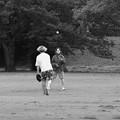 写真: 愛のキャッチボール