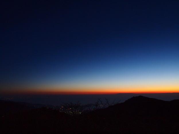 写真: 夜明けのグラデーション *b