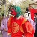 写真: 隠岐国分寺蓮華会舞・行道(5)竜王と仏 H29,4,21