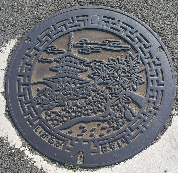 0501斑鳩マンホール
