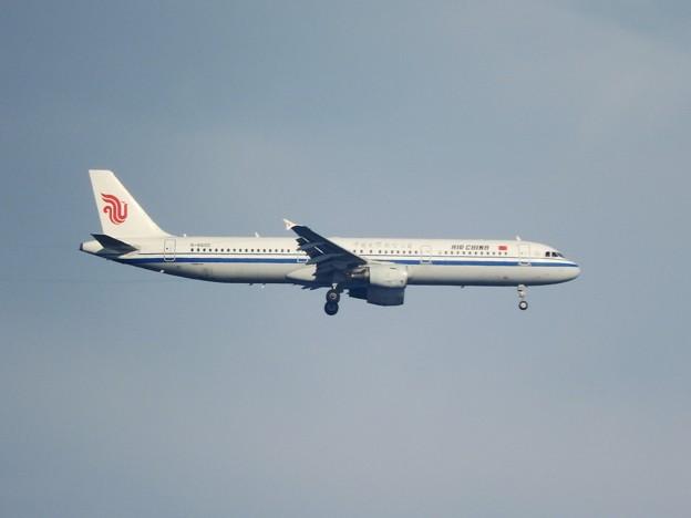 Airbus A321-213 中国国際航空B-6605