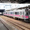 写真: 狭軌仕様と標準軌仕様701系