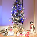 写真: ステージのツリー