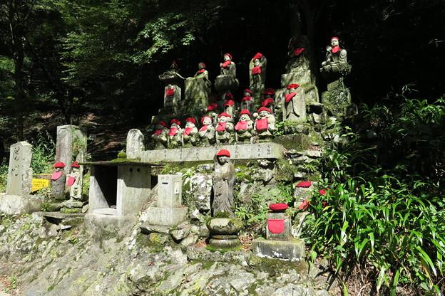 170929-110高尾山・道沿いのお地蔵さん