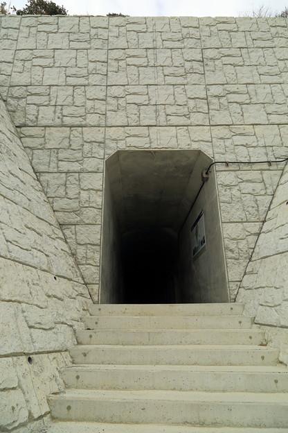 豊予要塞・御籠島洞窟式砲台跡入口
