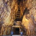 写真: 尾去沢鉱山 坑道内部4