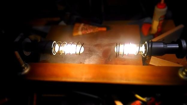 チューブ型ランプ(LED)