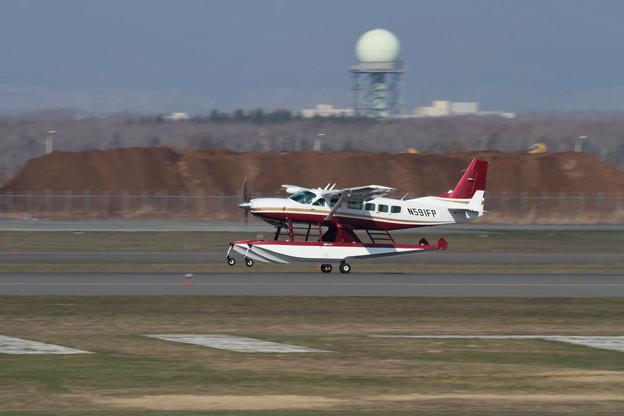 Cessna208 水上機仕様 N591FP ferry (2)