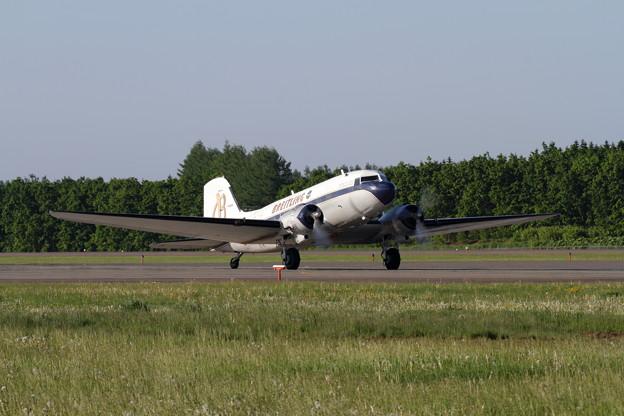 Photos: Douglas DC-3 Breitling in RJCB (1)