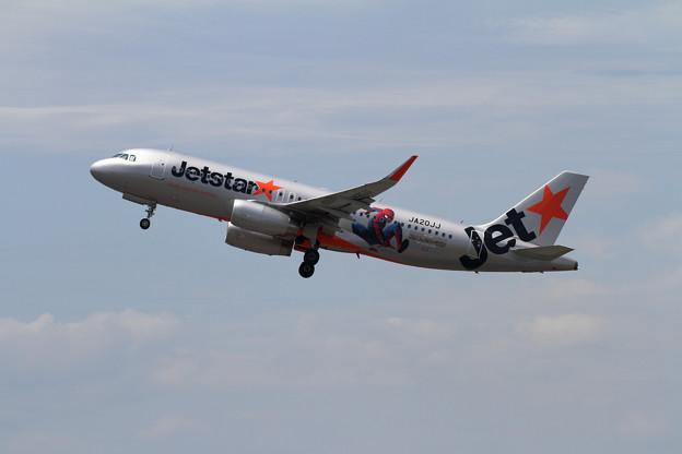 A320 JA20JJ Jetstarスパイダージェット