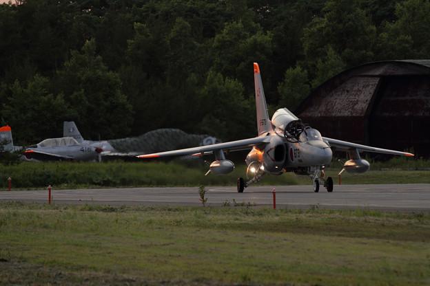 Photos: T-4 Night Flightへ