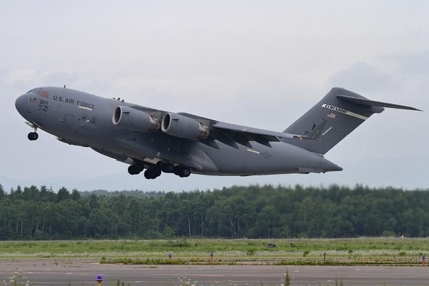 C-17 00-0171 takeoff (3)