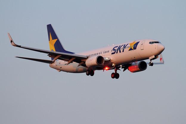B737 SKY JA737T approach