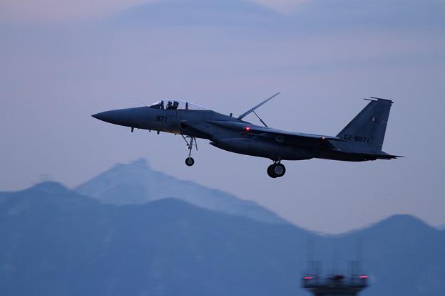 写真: F-15 203sq approach