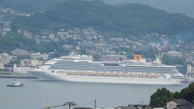 写真: コスタ・セレーナ入港