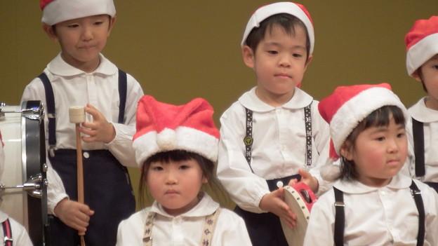 クリスマスの歌が聞こえるよ
