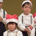 写真: クリスマスの歌が聞こえるよ