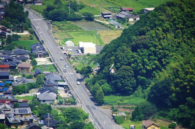 国道437号線上空を低空飛行