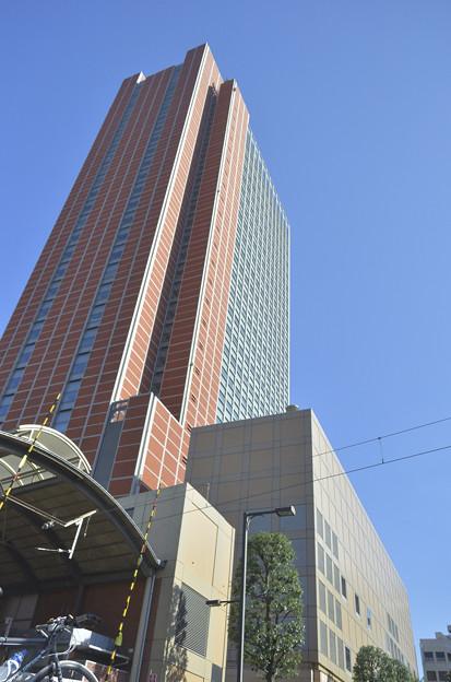 DSC_5725 キャロットタワーと、三軒茶屋駅