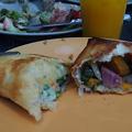 写真: 緑化フェア『パイホリック』で軽食