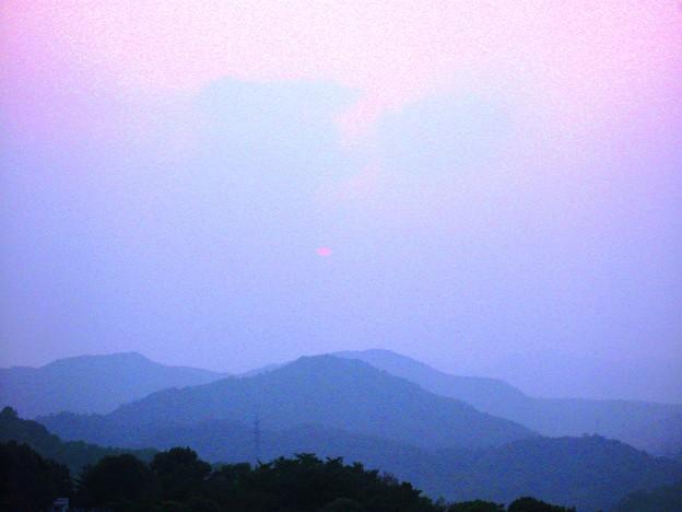梅雨の晴れ間、曇り空、さつき亭の夕日
