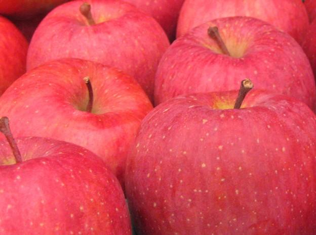 青森県産フジりんご