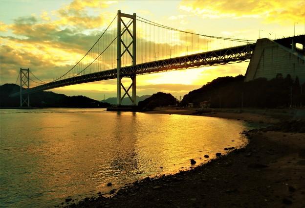 夕刻の因島大橋と布刈(めかり)の瀬戸@夏のしまなみ海道