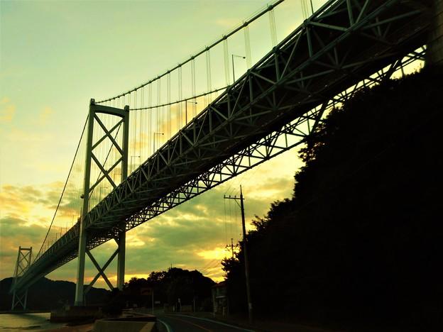 しまなみ海道・因島大橋の夕暮れ@夏の布刈瀬戸