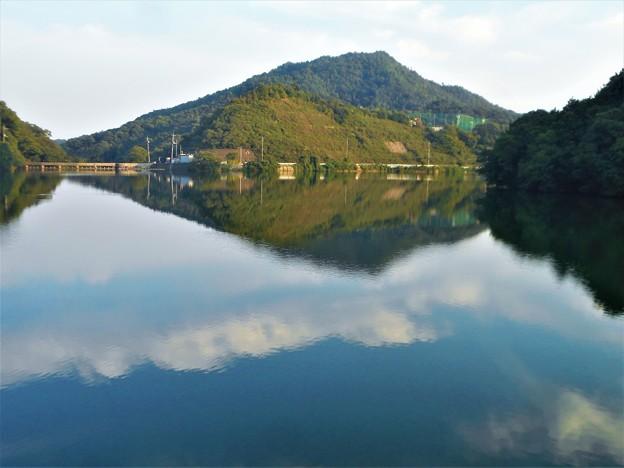 青い空に白い雲@久山田水源池