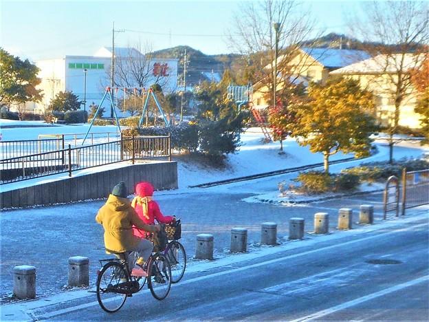 ほんのり雪の朝@瀬戸路・鏡開きの日