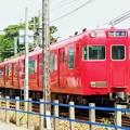 写真: 赤い電車