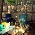 Photos: 木製のパレットを設置