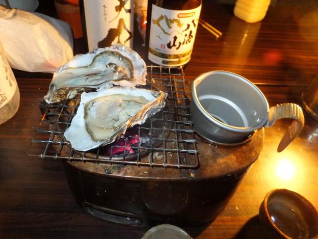 カキと燗銅壺