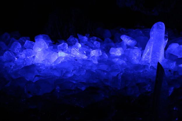鳴沢氷穴 D5077