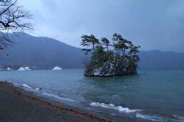 恵比寿大黒島_湖 D5783