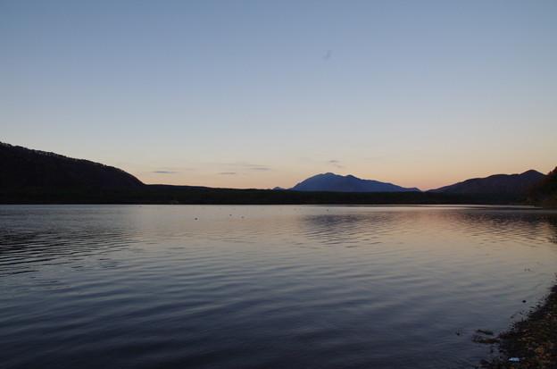 晩秋の西湖