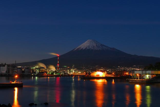 写真: 夕照 工場夜景