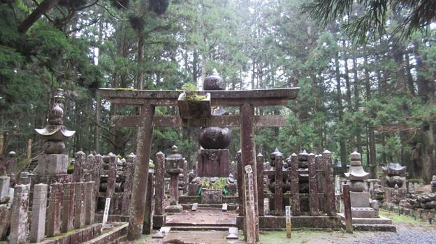 高野山金剛峯寺 奥の院(高野町)伊達政宗墓