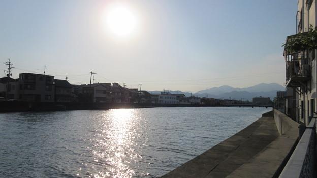 甲州廻米置場跡(清水区)袋城を眺める