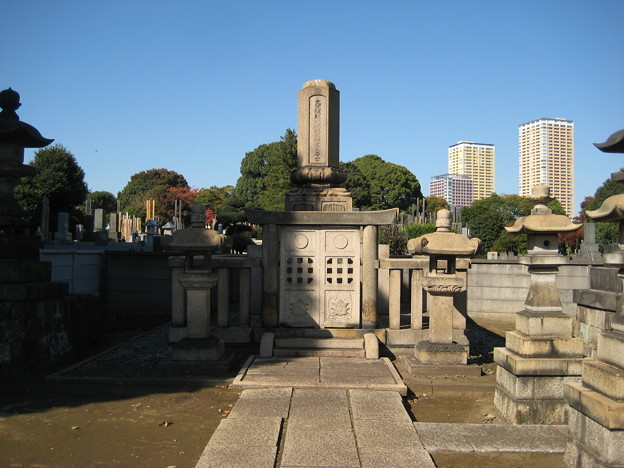 谷中霊園(台東区)津山藩8代松平斉民墓