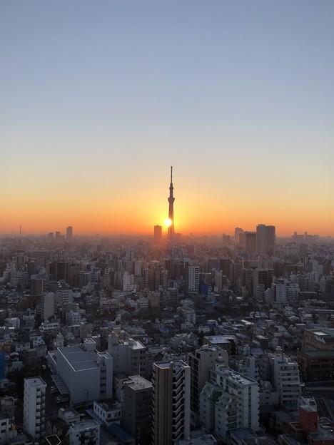 写真: 2018年1月1日06:59(-人-)