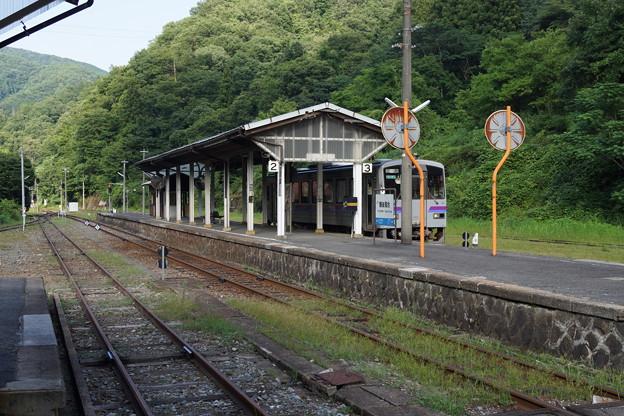 JR西日本 山間分岐点 備後落合駅