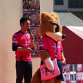 Photos: ロビーと西川さん
