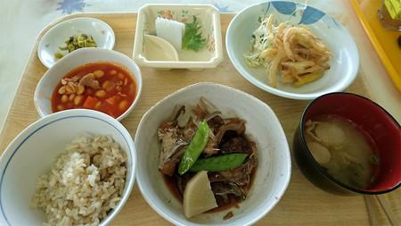 佐世保魚市場・もったいない食堂(5)