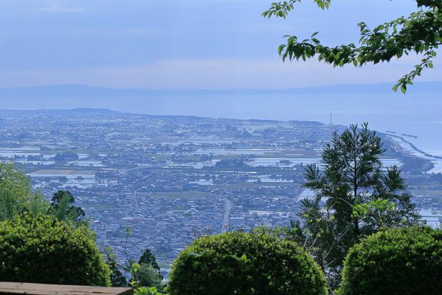 Photos: あさひ城山から 富山湾と能登半島