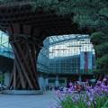 写真: 夕暮れの金沢駅(1)